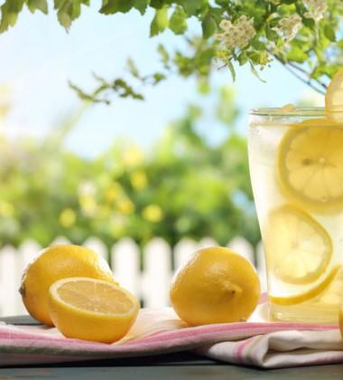 Detox mit Ingwer Zitronen Limonade